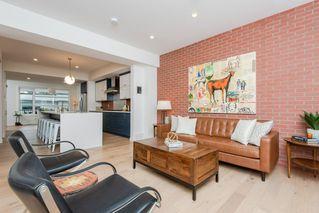 Photo 7: 10504 85 Avenue in Edmonton: Zone 15 House Half Duplex for sale : MLS®# E4173956
