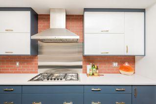 Photo 9: 10504 85 Avenue in Edmonton: Zone 15 House Half Duplex for sale : MLS®# E4173956