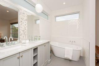 Photo 18: 10504 85 Avenue in Edmonton: Zone 15 House Half Duplex for sale : MLS®# E4173956