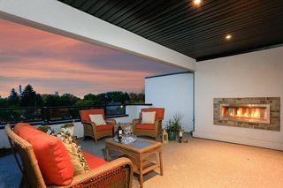 Photo 2: 10504 85 Avenue in Edmonton: Zone 15 House Half Duplex for sale : MLS®# E4173956