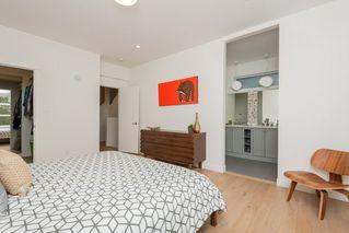 Photo 17: 10504 85 Avenue in Edmonton: Zone 15 House Half Duplex for sale : MLS®# E4173956