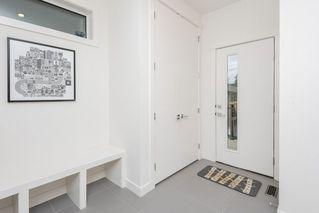 Photo 26: 10504 85 Avenue in Edmonton: Zone 15 House Half Duplex for sale : MLS®# E4173956
