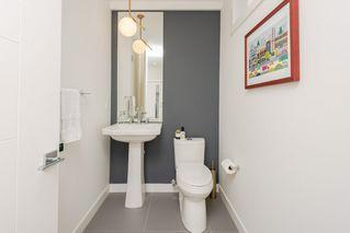 Photo 15: 10504 85 Avenue in Edmonton: Zone 15 House Half Duplex for sale : MLS®# E4173956
