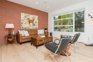 Photo 6: 10504 85 Avenue in Edmonton: Zone 15 House Half Duplex for sale : MLS®# E4173956