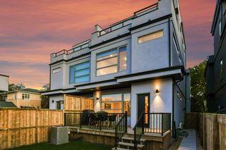 Photo 3: 10504 85 Avenue in Edmonton: Zone 15 House Half Duplex for sale : MLS®# E4173956