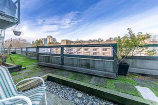 "Photo 18: 17 1345 W 4TH Avenue in Vancouver: False Creek Townhouse for sale in ""Granville Island Village"" (Vancouver West)  : MLS®# R2428344"