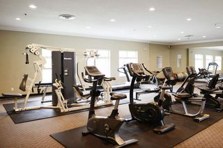 Photo 13: 213 14877 100 Avenue in Surrey: Guildford Condo for sale (North Surrey)  : MLS®# R2443818