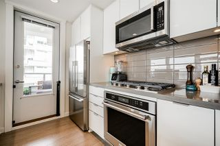 "Photo 6: 209 255 W 1ST Street in North Vancouver: Lower Lonsdale Condo for sale in ""West Quay"" : MLS®# R2468029"
