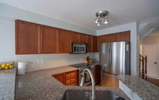 Photo 4: 35 Shasta Crescent in Whitby: Williamsburg House (2-Storey) for sale : MLS®# E4811654