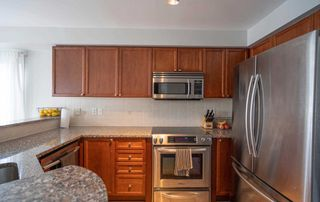 Photo 3: 35 Shasta Crescent in Whitby: Williamsburg House (2-Storey) for sale : MLS®# E4811654