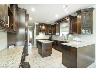 Photo 13: 7956 170A Street in Surrey: Fleetwood Tynehead House for sale : MLS®# R2472230