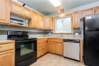 Photo 12: 830 WEISER Crescent: Anola Residential for sale (R04)  : MLS®# 202015147