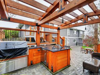 Photo 22: 1279 Geric Pl in : SW Strawberry Vale Single Family Detached for sale (Saanich West)  : MLS®# 850780