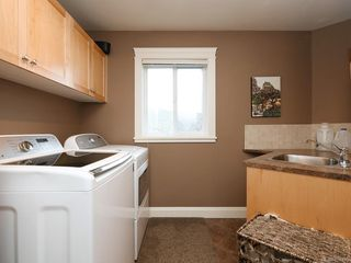 Photo 18: 1279 Geric Pl in : SW Strawberry Vale Single Family Detached for sale (Saanich West)  : MLS®# 850780