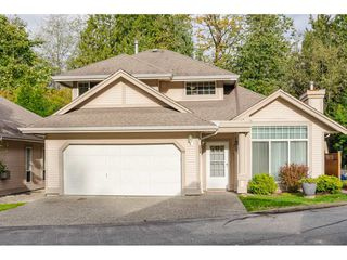 """Photo 2: 39 9025 216 Street in Langley: Walnut Grove Townhouse for sale in """"Coventry Woods"""" : MLS®# R2508281"""