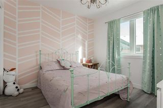 Photo 20: 73 TANGLEWOOD Bay in Kleefeld: R16 Residential for sale : MLS®# 202028421