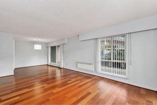 Photo 5: 212 1419 Stadacona Ave in : Vi Fernwood Condo for sale (Victoria)  : MLS®# 860894
