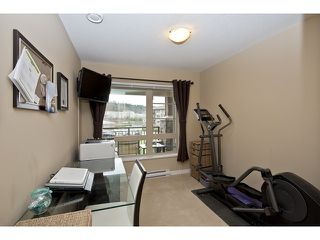 "Photo 5: 312 701 KLAHANIE Drive in Port Moody: Port Moody Centre Condo for sale in ""NAHANNI"" : MLS®# V936161"