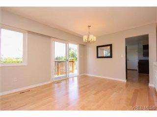 Photo 6: 4324 Ramsay Place in VICTORIA: SE Mt Doug Single Family Detached for sale (Saanich East)  : MLS®# 612146