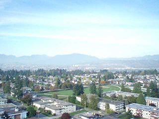 """Photo 7: # 2402 7328 ARCOLA ST in Burnaby: Highgate Condo for sale in """"ESP 1"""" (Burnaby South)  : MLS®# V1016285"""