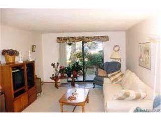Photo 5: 109 1010 Bristol Rd in VICTORIA: SE Quadra Condo Apartment for sale (Saanich East)  : MLS®# 269144