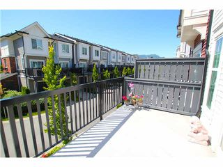 "Photo 7: 1002 2655 BEDFORD Street in Port Coquitlam: Central Pt Coquitlam Townhouse for sale in ""WESTWOOD"" : MLS®# V1073660"