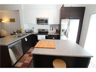 "Photo 5: 1002 2655 BEDFORD Street in Port Coquitlam: Central Pt Coquitlam Townhouse for sale in ""WESTWOOD"" : MLS®# V1073660"