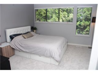 Photo 10: 4792 Fernglen Drive in Burnaby South: Greentree Village Townhouse for sale : MLS®# V1064778