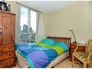 Photo 8: 1602 1500 Howe Street in Vancouver: Yaletown Condo for sale (Vancouver West)  : MLS®# V1091287