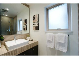 Photo 3: 218 E 12 Avenue in Vancouver: Mount Pleasant VE Townhouse for sale (Vancouver East)  : MLS®# V1054641