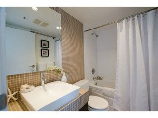 Photo 10: 218 E 12 Avenue in Vancouver: Mount Pleasant VE Townhouse for sale (Vancouver East)  : MLS®# V1054641