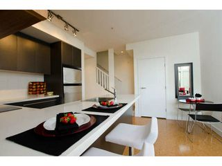 Photo 6: 218 E 12 Avenue in Vancouver: Mount Pleasant VE Townhouse for sale (Vancouver East)  : MLS®# V1054641