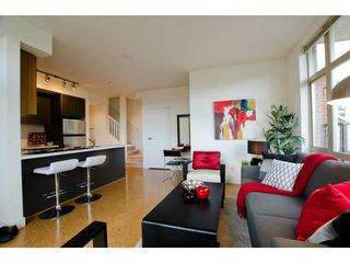 Photo 4: 218 E 12 Avenue in Vancouver: Mount Pleasant VE Townhouse for sale (Vancouver East)  : MLS®# V1054641