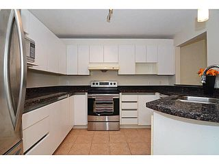 Photo 4: 305 2990 PRINCESS CRESCENT in Coquitlam: Canyon Springs Condo for sale : MLS®# V1142606
