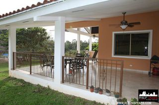 Photo 10: Large beautiful house in Brisas de Los Lagos, near La Chorrera