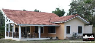 Photo 1: Large beautiful house in Brisas de Los Lagos, near La Chorrera