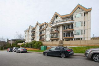 Photo 2: 312 11595 FRASER STREET in Maple Ridge: East Central Condo for sale : MLS®# R2050704