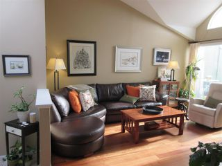 Photo 9: 2312 QUAYSIDE COURT in Vancouver: Fraserview VE Townhouse for sale (Vancouver East)  : MLS®# R2137653
