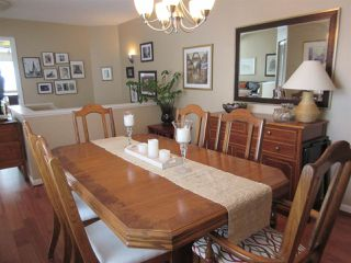 Photo 3: 2312 QUAYSIDE COURT in Vancouver: Fraserview VE Townhouse for sale (Vancouver East)  : MLS®# R2137653