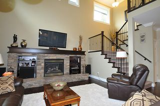 Photo 3: 27 13210 SHOESMITH CRESCENT in Maple Ridge: Silver Valley House for sale : MLS®# R2149172