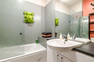 Photo 13: 396 E 15TH AVENUE in Vancouver: Mount Pleasant VE Townhouse for sale (Vancouver East)  : MLS®# R2356682