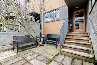 Photo 2: 396 E 15TH AVENUE in Vancouver: Mount Pleasant VE Townhouse for sale (Vancouver East)  : MLS®# R2356682