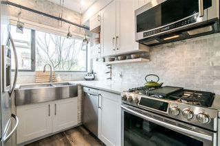 Photo 4: 396 E 15TH AVENUE in Vancouver: Mount Pleasant VE Townhouse for sale (Vancouver East)  : MLS®# R2356682