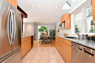 Photo 11: 1545 TRAFALGAR STREET in Vancouver: Kitsilano Townhouse for sale (Vancouver West)  : MLS®# R2392914