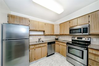 "Photo 9: 1104 615 BELMONT Street in New Westminster: Uptown NW Condo for sale in ""Belmont Towers"" : MLS®# R2416165"