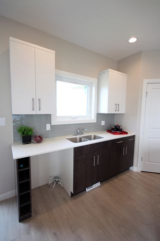 Photo 3: 28 Bartman Drive in St Adolphe: Tourond Creek Residential for sale (R07)  : MLS®# 1929969