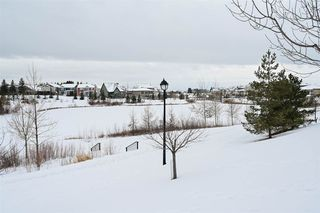 Photo 33: 1519 KINROSS Road in Edmonton: Zone 27 House for sale : MLS®# E4186669