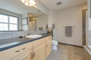 Photo 24: 1519 KINROSS Road in Edmonton: Zone 27 House for sale : MLS®# E4186669