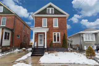 Photo 1: 173 N Centre Street in Oshawa: O'Neill House (2-Storey) for sale : MLS®# E4708477
