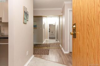 Photo 2: 106 1655 Begbie Street in VICTORIA: Vi Fernwood Condo Apartment for sale (Victoria)  : MLS®# 423581